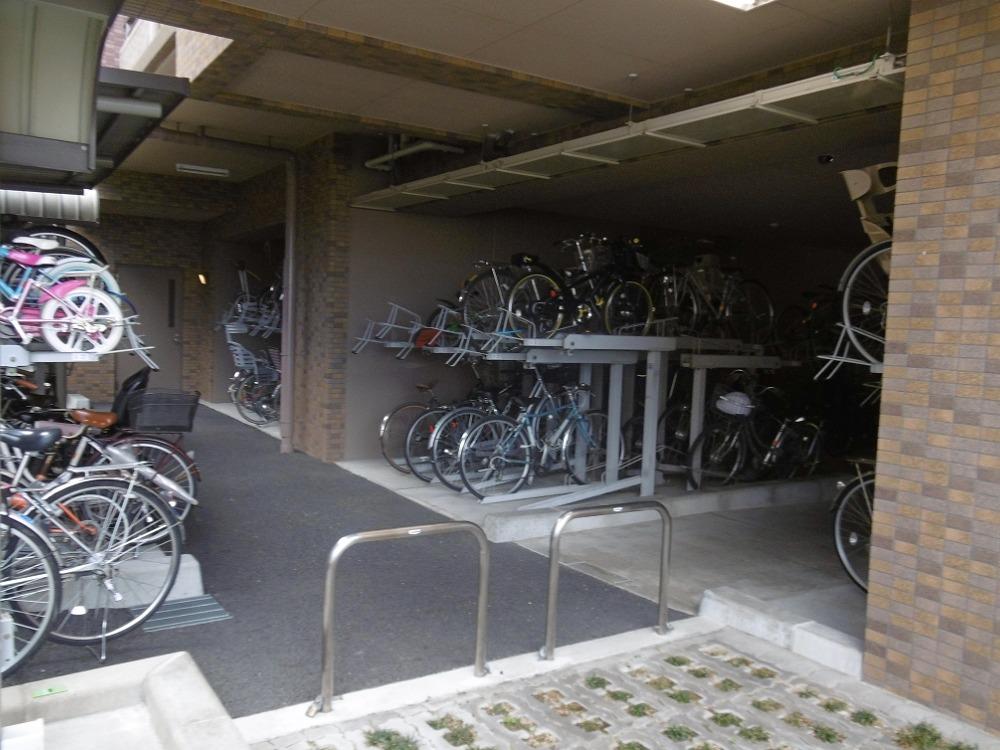パデシオン南草津駅前の共用部写真