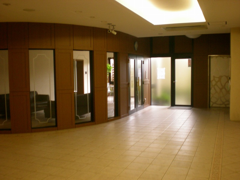 アメニティ南草津Ⅵ(4階)の共用部写真
